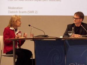 V. l. Prof. Dr. Ursula Engelen-Kefer (HdBA), Dietrich Brants (SWR 2 Forum);