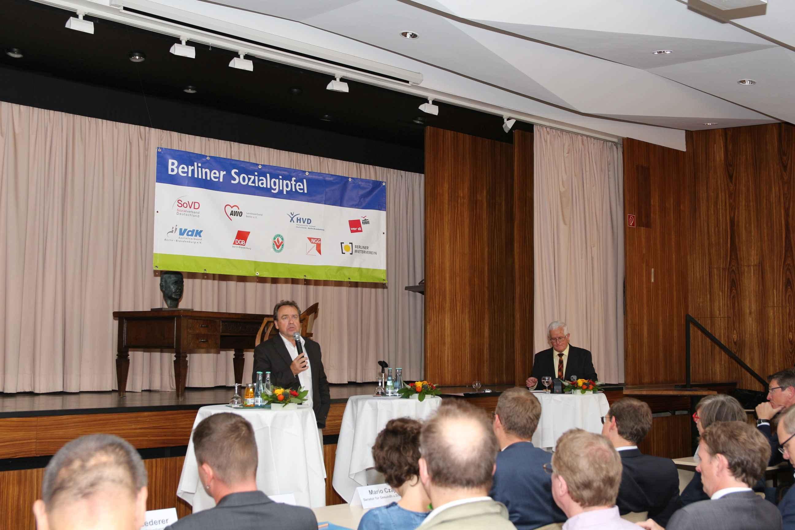 Berliner  Sozialgipfel , 7.9. im DGB Haus Wilhelm Leuschner Saal